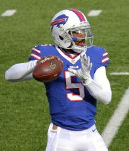 Tyrod_Taylor_against_the_Texans